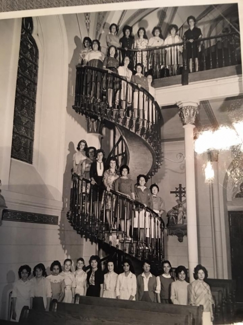 Class picture taken on the famous Spiral Staircase in the Loretto Academy Chapel