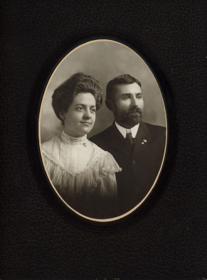 Wedding photograph.  Clyde and Clara Stephenson. Ft. Madison, Iowa